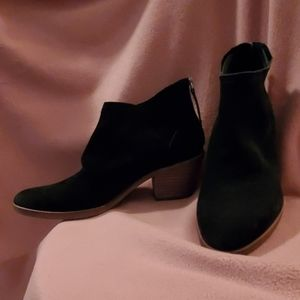 Dolce Vita Size 9 Suede Leather Black Booties New